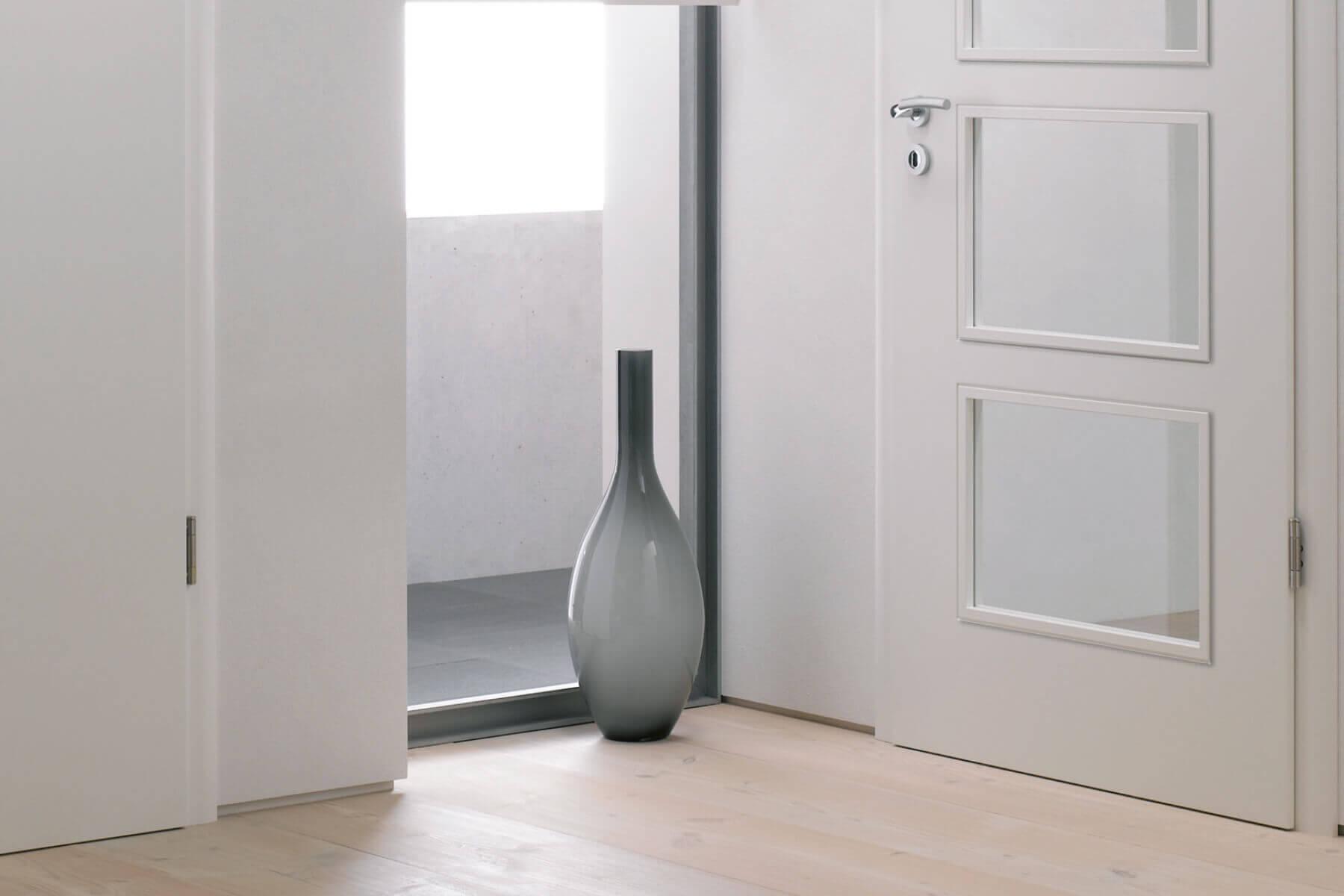 weiß zimmertür mit glaseinsatz