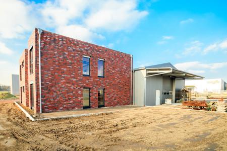 Bauunternehmen-szuster-Fensterbau-Gewerbebetrieb-HG-Raumdesign