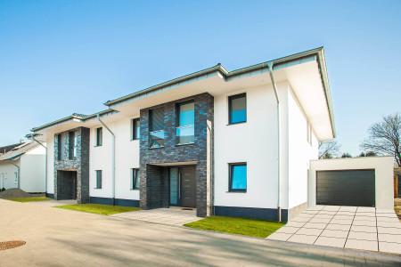 Fenster-Doppelreihenhaus-moderner-Neubau-HG-Raumdesign