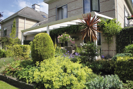 Garten-Terasse-Ueberdach-HG-Raumdesign-Aluxe