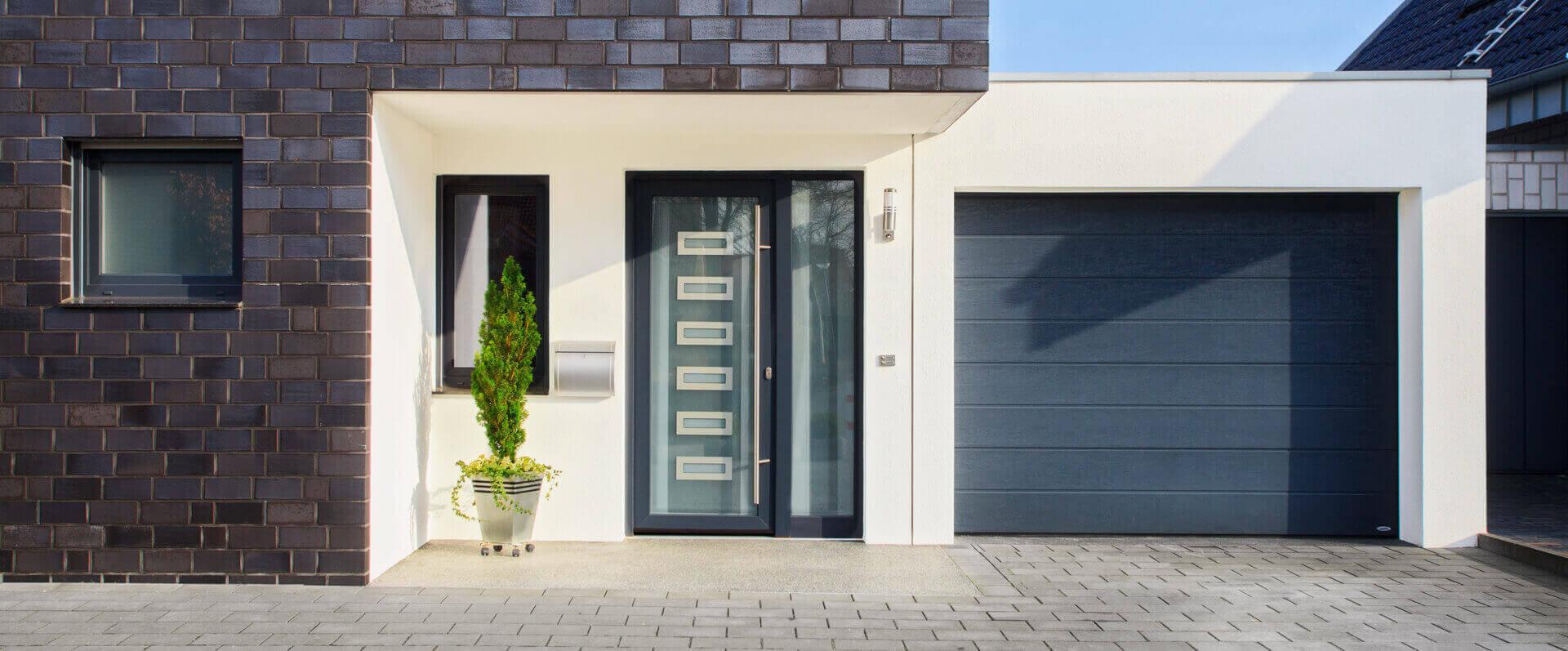 Hausturen-Eingangstuere-Sicherheit-Pirnar-schueco-hg-raumdesign