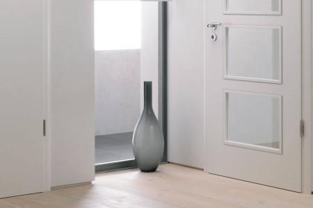 Innentueren-weiss-mit-glaseinsatz-wohnzimmertuer-weisslack-hg-raumdesign