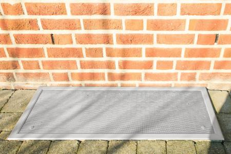 Insektenschutzgitter-Kellerfenster-Laubschutz-Schmutzfanggitter-HG-Raumdesign