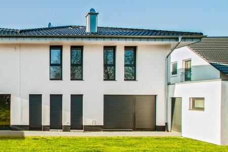 Rolllade-Rollaeden-bei-Terrassentueren-HG-Raumdesign