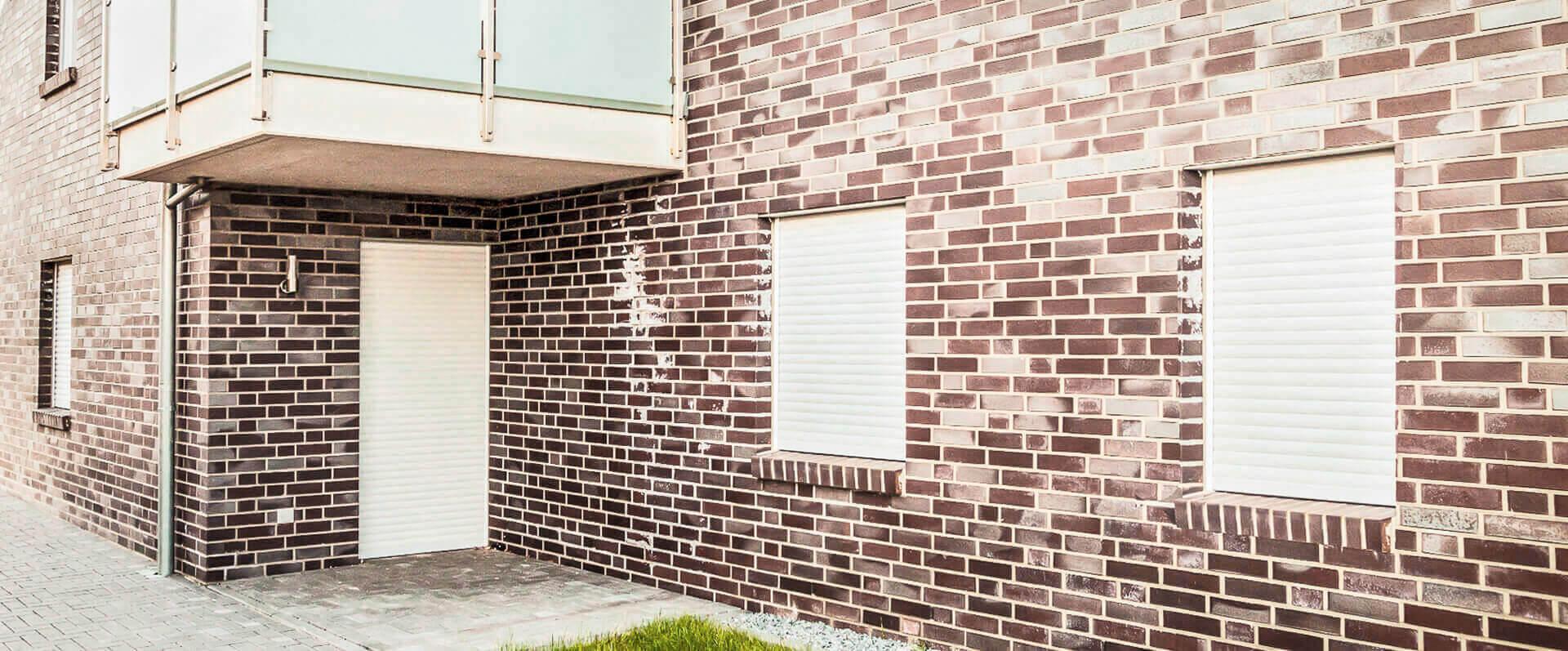 Rollladen-Roma-Jalousien-Sonnenschutz-HG-Raumdesign