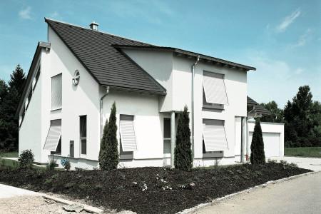 Sonnenschtz-INTEGO-Vorbaurollladen-Roma-Hg-Raumdesign