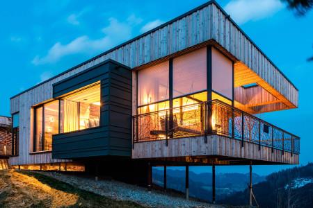 TExtilscreen_Sonnenschutz_in_der_Daemmerung-Architekt-HG-Raumdesign