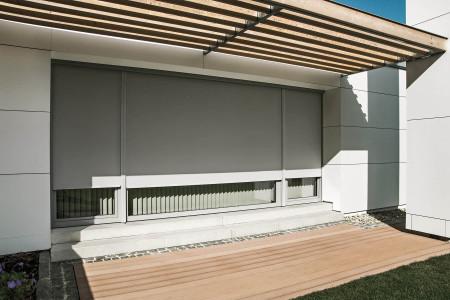 terassentuere-textilscreen-textiler-sonnenschutz-hg-raumdesign-roma