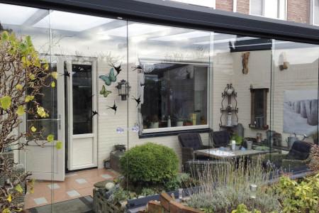 Glasschiebeelemente-Wintergarten-Terrassendach-HG-Raumdesign-Aluxe